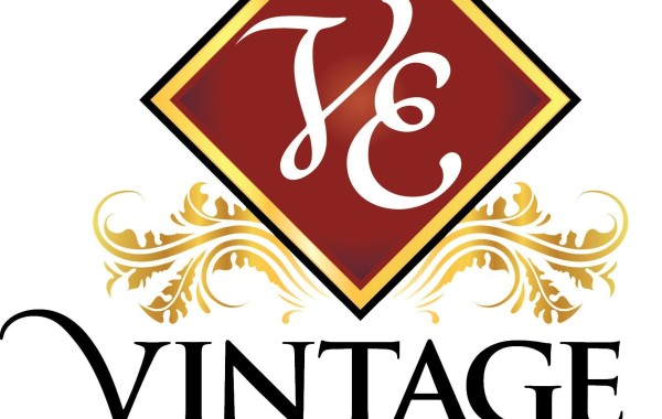 Vintage Estate Homes – The Enclave